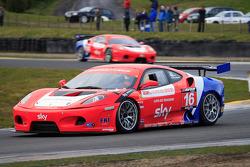 GT3 CR Scuderia Ferrari 430's racing at start of race 1
