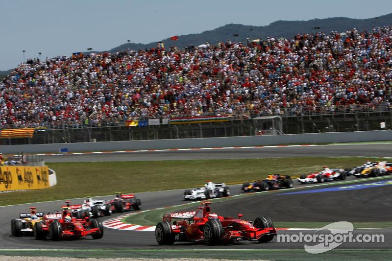 Start: Kimi Raikkonen, Scuderia Ferrari, F2008 ve Felipe Massa, Scuderia Ferrari, F2008