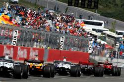Start, Felipe Massa, Scuderia Ferrari, F2008, Lewis Hamilton, McLaren Mercedes, MP4-23, Robert Kubica, BMW Sauber F1 Team, F1.08, Fernando Alonso, Renault F1 Team, R28