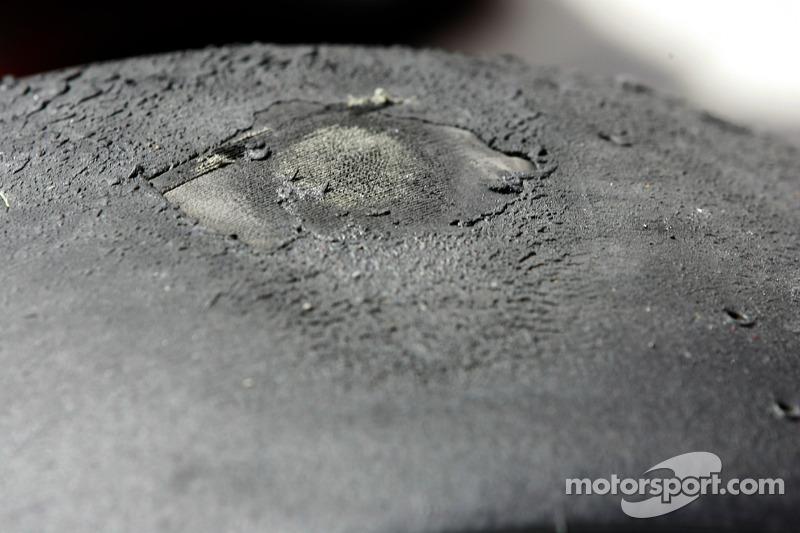 Milos Pavlovic damaged tyre