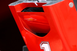 Ferrari F2008 front wing 's hole detail