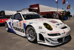 The #5 Porsche 911 GT3 RSR