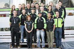 John Hopkins avec les membres de Kawasaki France