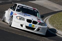 #272 BMW 120d: Jacob Tackman, Jan Kalmar, Stewart Stgernholm
