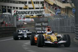 Fernando Alonso, Renault F1 Team, R28 and Nico Rosberg, WilliamsF1 Team, FW30