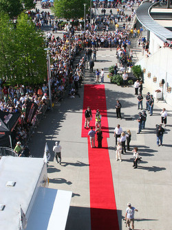 Stars arrive on the red carpet at the track
