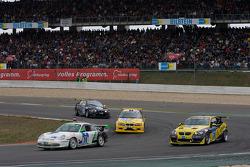 #39 Porsche 996 GT3 Cup: Scott O'Donnell, Lindsay O'Donnell, Allan Dippie, Bruce Stewart, #38 Sartorius Team Black Falcon BMW M3 E92: Dillon Koster, Jean-Paul Breslin