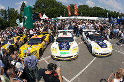Corvette Racing Corvette C6.R and Luc Alphand Aventures Corvette C6.R at scrutineering