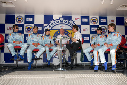 Heinz-Harald Frentzen, Karl Wendlinger, Andrea Piccini, Darren Turner and Antonio Garcia