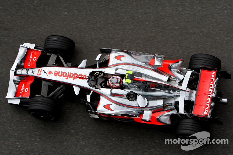 А Хейкки Ковалайнен был гонщиком McLaren Mercedes – вершина карьеры финна