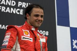 Massa vence GP da França e lidera F1 pela primeira vez