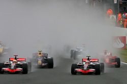 Start of the race: Heikki Kovalainen, McLaren Mercedes leads Lewis Hamilton, McLaren Mercedes and Ma