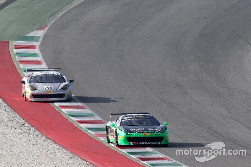 #183 Ineco MP - Racing Ferrai 458: Manuela Gostner avanti a #218 Ferrari o San Francisco Ferrari 458 James Weiland
