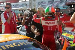 #180 Kessel Racing Ferrari 458 Italia: Gautam Singhania, festeggia la vittoria