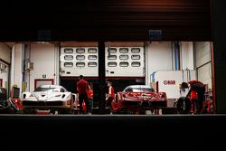 Ferrari FXX Programme, due Ferrari FXX nel box