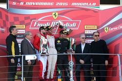 Кубок Pirelli: первое место - #55 Scuderia Autoropa Ferrari 458: Маттео Сантопонте, второе место - #84 Octane 126 Ferrari 458: Бьорн Гроссманн