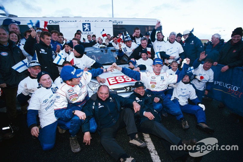 Juara Dunia WRC 2000 Marcus Gronholm dan Timo Rautiainen, Peugeot Sport Peugeot 206 WRC