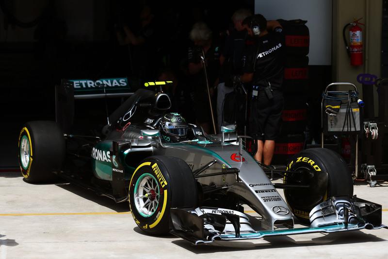 Ніко Росберг, Mercedes AMG F1 W06 залишає бокси