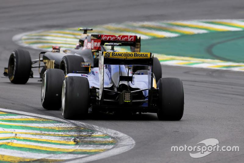 Felipe Nasr, Sauber F1 Team; Pastor Maldonado, Lotus F1 Team