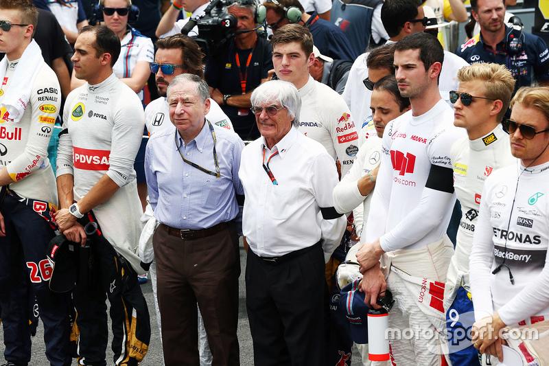Jean Todt, FIA President y Bernie Ecclestone en el homenaje a las vítimas de accidentes viales y los ataques terroristas en París