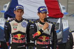 Podio: i vincitori Sébastien Ogier and Julien Ingrassia, Volkswagen Motorsport