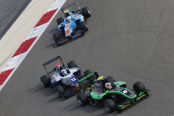 Alex Fontana, Status Grand Prix leads Matthew Parry, Koiranen GP and Matheo Tuscher, Jenzer Motorsport