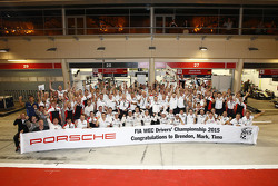 2015 champions Mark Webber, Brendon Hartley, Timo Bernhard, Porsche Team