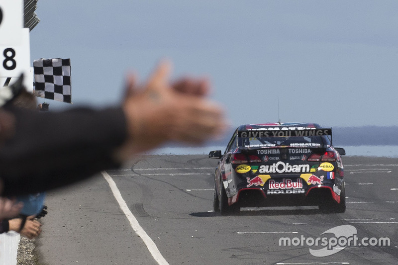 1. Craig Lowndes, Triple Eight Race Engineering, Holden