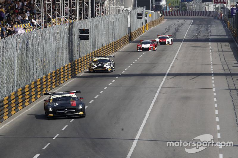 Renger Van Der Zande, Mercedes AMG Driving Academy Mercedes_x0096_Benz SLS AMG GT4
