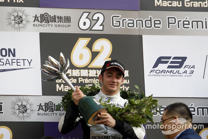 Podium: second place Charles Leclerc, Van Amersfoort Racing