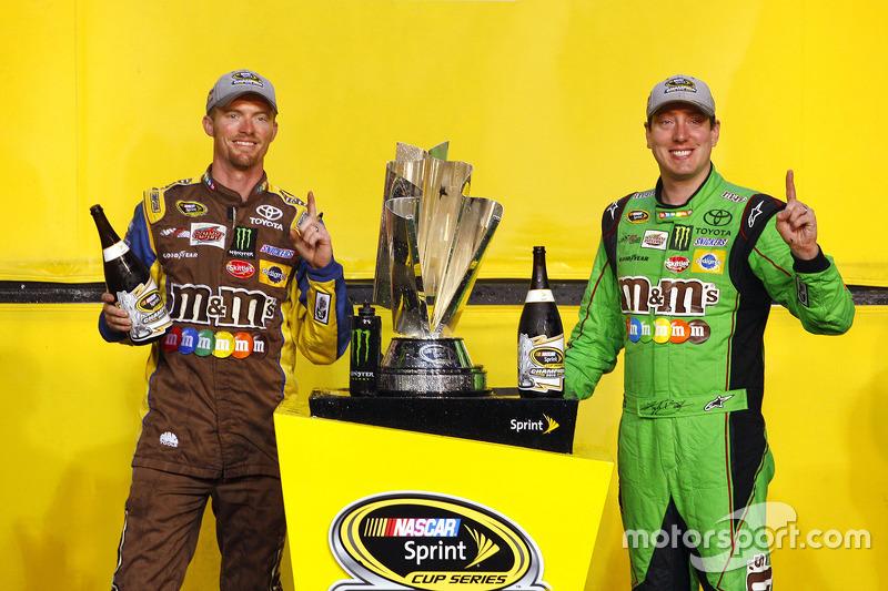Victory-Lane: Champion NASCAR Sprint-Cup 2015, Kyle Busch, Joe Gibbs Racing