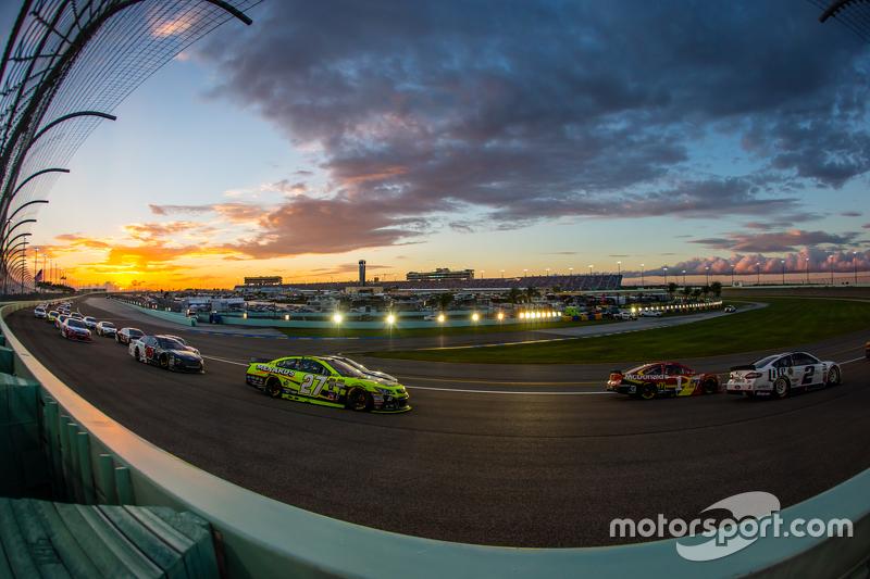 Brad Keselowski, Team Penske Ford. Jamie McMurray, Chip Ganassi Racing Chevrolet. Paul Menard, Richard Childress Racing Chevrolet
