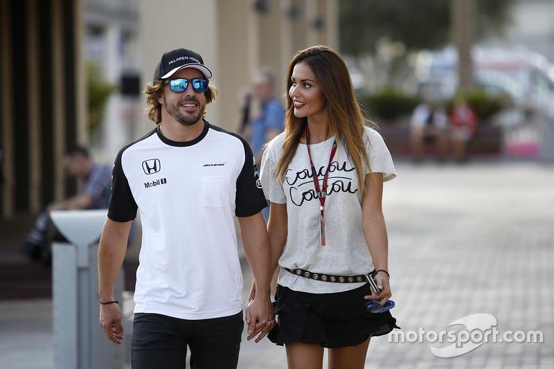 Fernando Alonso, McLaren, mit Freundin Lara Alvarez