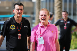 (L to R): Federico Gastaldi, Lotus F1 Team Deputy Team Principal with Jonathan Palmer