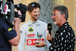 Romain Grosjean, Lotus F1 Team with Eddie Jordan, BBC Television Pundit