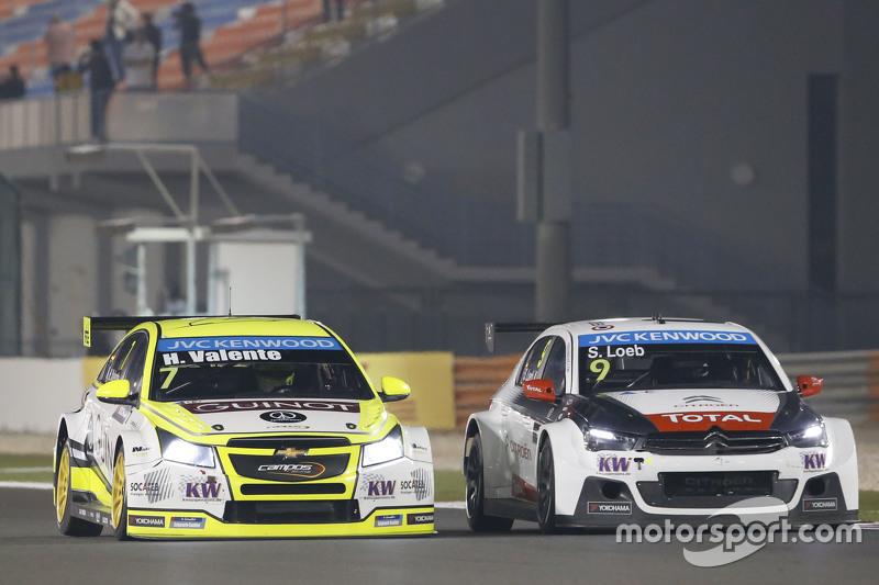 Hugo Valente, Chevrolet RML Cruze TC1, Campos Racing; Sébastien Loeb, Citroën C-Elysée WTCC, Citroën