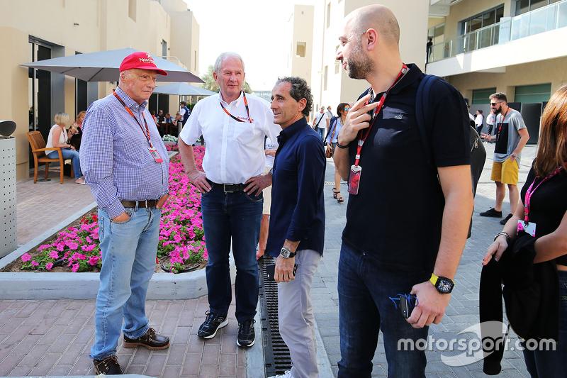 Нікі Лауда, Невиконавчий голова Mercedes; Д-р Хелмут Марко, Red Bull Motorsport Consultant; Ален Прост, Lotus F1 Керівник команди