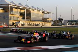 Daniel Ricciardo, Red Bull Racing RB11 bij de start