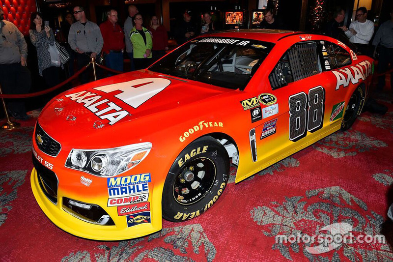 Hendrick Motors Of Charlotte >> New Dale Earnhardt Jr., Hendrick Motorsports Chevrolet Axalta paint scheme at Dale Earnhardt ...