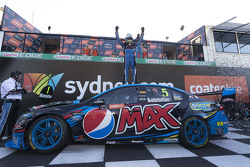 2015 V8 Supercars Champion Mark Winterbottom, Prodrive Racing Australia Ford celebrates in parc ferme