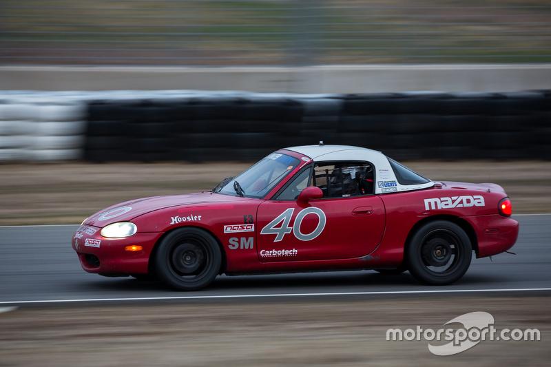 #40 Mazda Miata