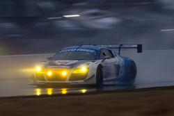 #45 Flying Lizard Motorsports, Audi R8 LMS: Darren Law, Tomonobu Fujii, Johannes van Overbeek, Guy C