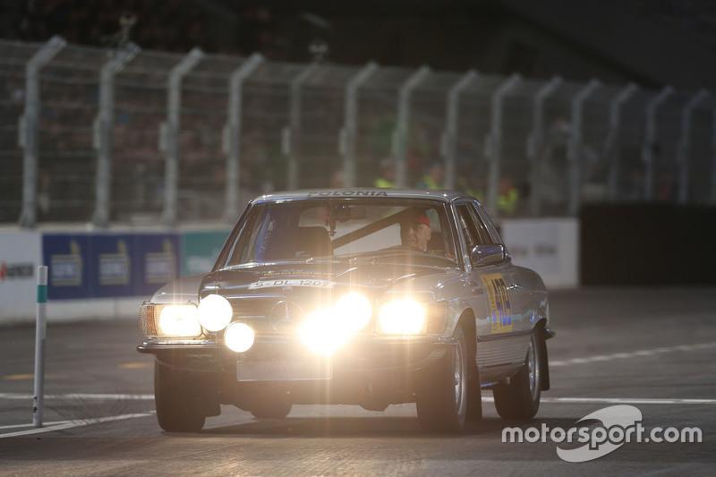 Нікі Лауда, Невиконавчий голова Mercedes, Mercedes-Benz 500 SL Rallye