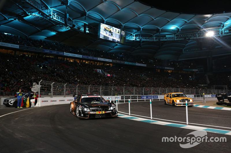Паскаль Верляйн, HWA AG Mercedes-AMG DTM та Бернд Шнайдер, Mercedes-Benz 190 E 2.5 EVO II