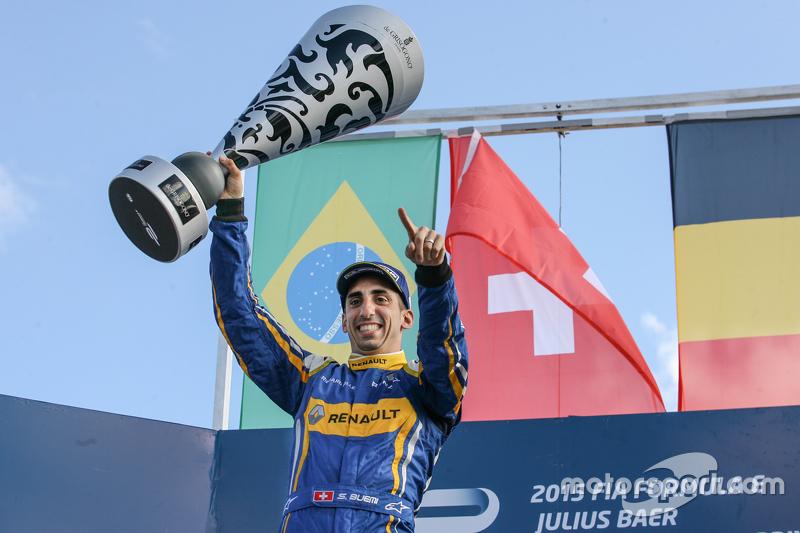 Podium: winner Sébastien Buemi, Renault e.Dams