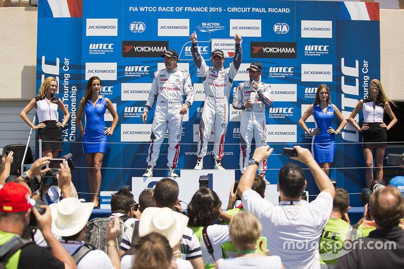 Podium: race winner Sébastien Loeb, Citroën C-Elysée WTCC, Citroën World Touring Car team, second place Yvan Muller, Citroën C-Elysee WTCC, Citroën World Touring Car team, third place Jose Maria Lopez, Citroën C-Elysée WTCC, Citroën World Touring Car team