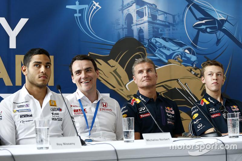 Roy Nissany, Norbert Michelisz, Honda Civic WTCC, Zengo Motorsport, David Coulthard, Daniil Kvyat, Red Bull Racing
