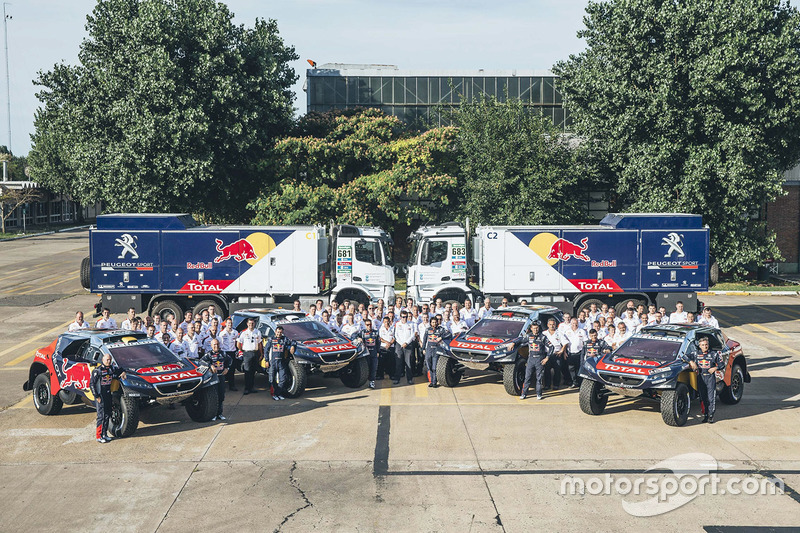 Peugeot Sport team photo