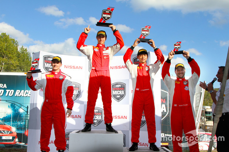 Podium: race winner Olivier Bédard, second place Thanaroj Thanasitnitikate, third place Stefan Rzadz