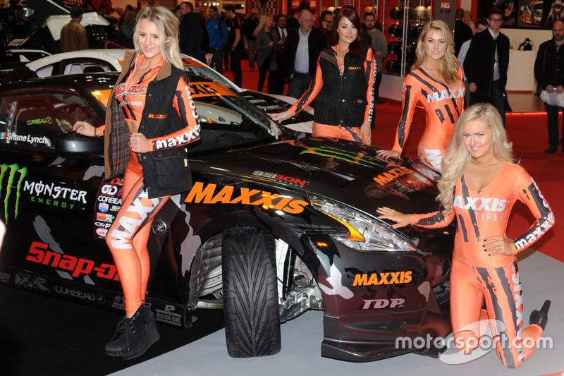 Maxxis Promogirls